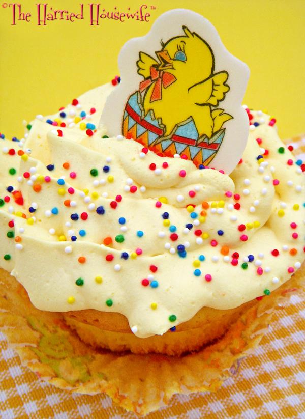 Easy Yellow Cupcakes